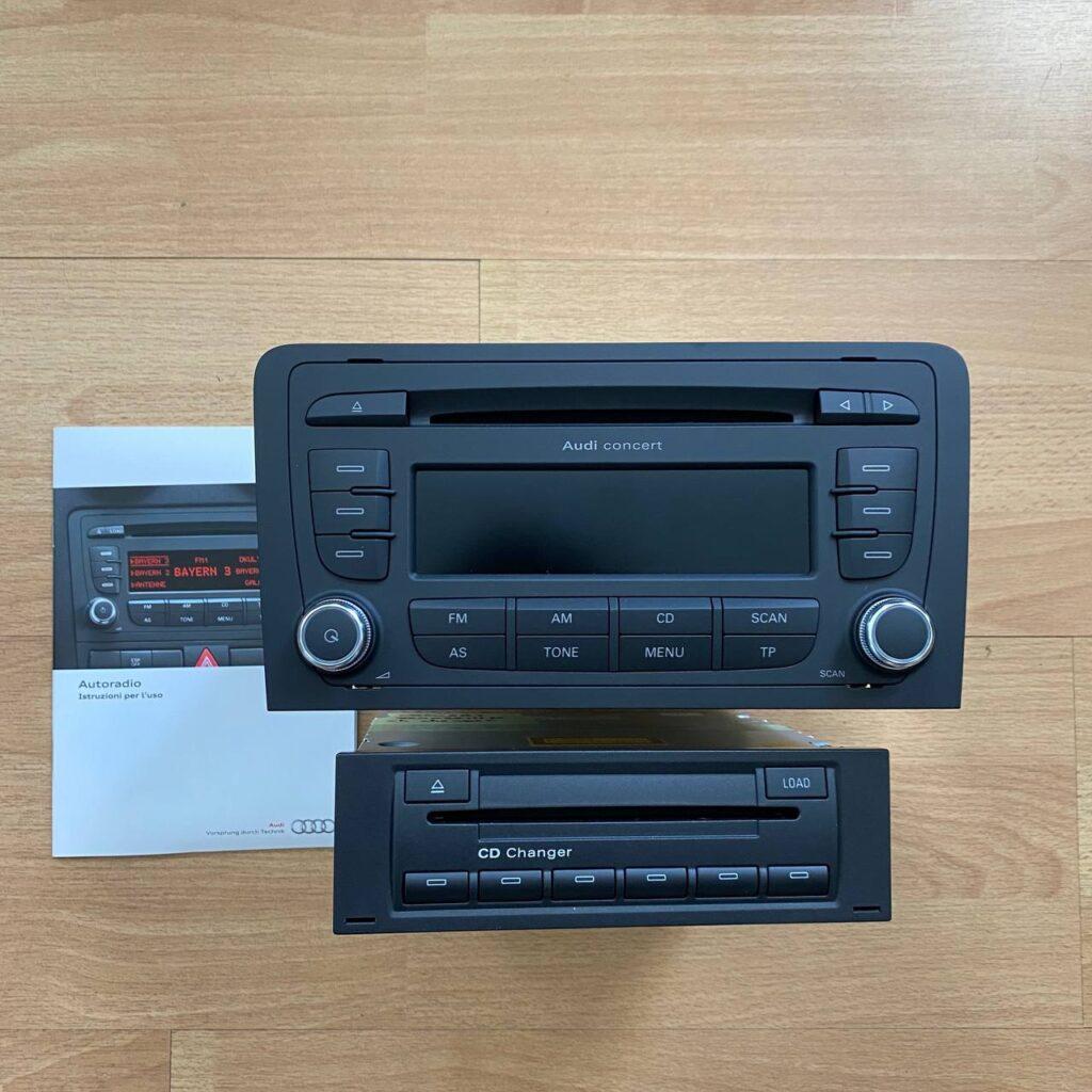 8P0035186AB + 8E0035111D AUTORADIO CONCERT AUDI E LETTORE CD